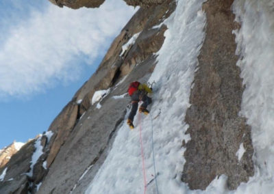 renaud-courtois-cascade-glace-alpinisme-hivernal-10
