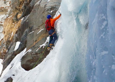 renaud-courtois-cascade-glace-alpinisme-hivernal-19