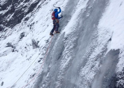 renaud-courtois-cascade-glace-alpinisme-hivernal-4